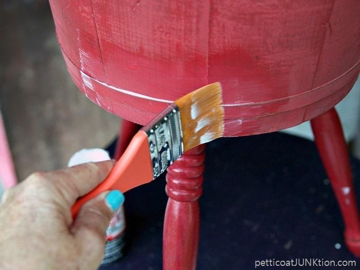Furniture Gloss Mod Podge project Petticoat Junktion 1