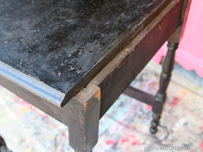 Furniture Makeovers Involve Repairs And Prep Work Petticoat Junktion