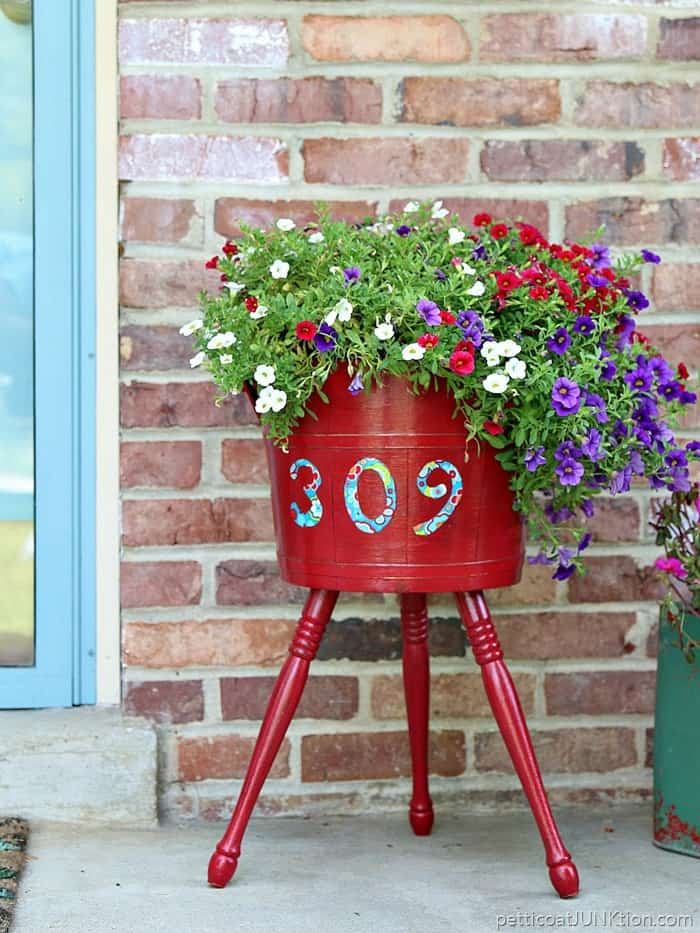 Outdoor Mod Podge Project Petticoat Junktion Regal Red Decoupage Planter Adds Curb Appeal