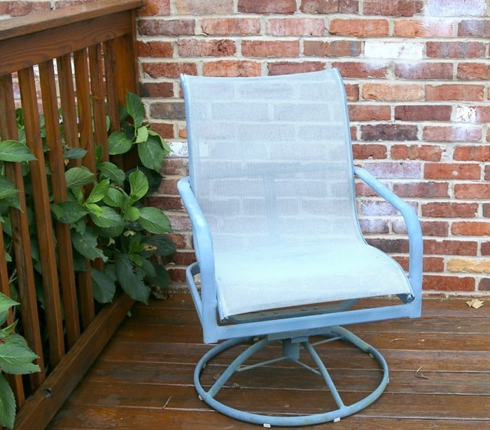 Patio Furniture Before Spray Paint Makeover Petticoat Junktion