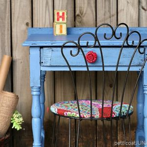 Bombshell Blue Desk With Red Rose Knob