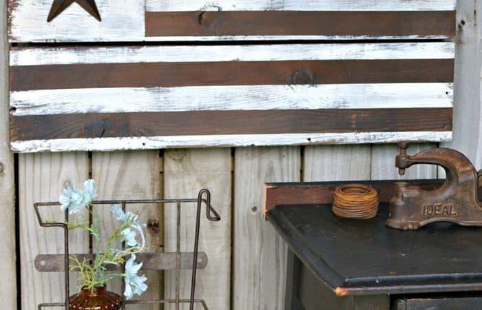 DIY-Rustic-Farmhouse-Style-American-Flag-Petticoat-Junktion.jpg