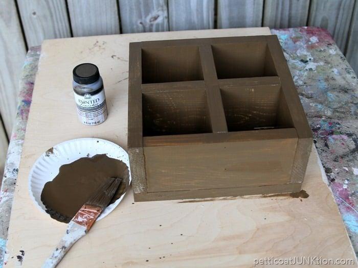 FolkArt Barnwood paint product