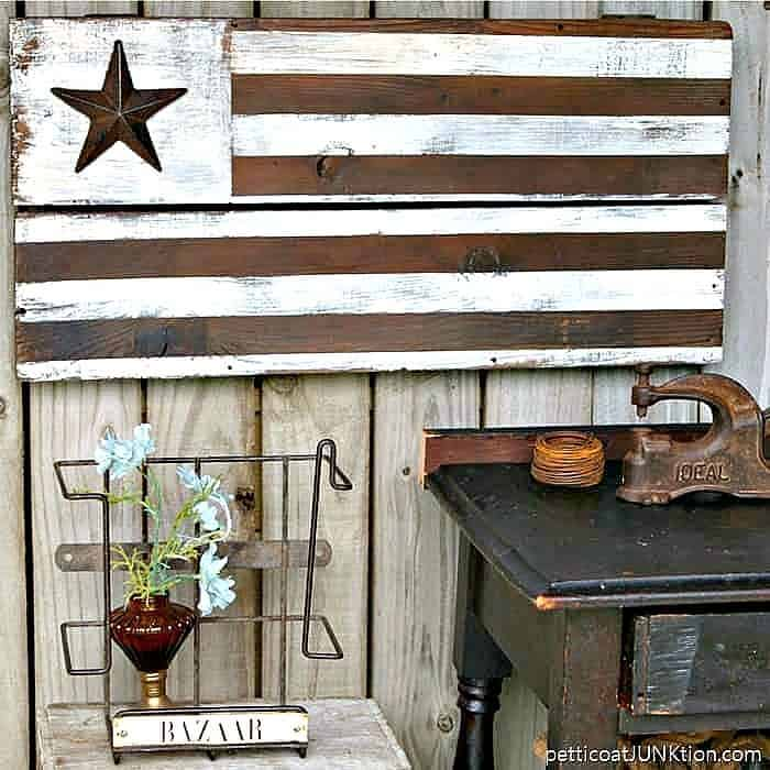 Make an Farmhouse Style American flag from rustic wood and paint