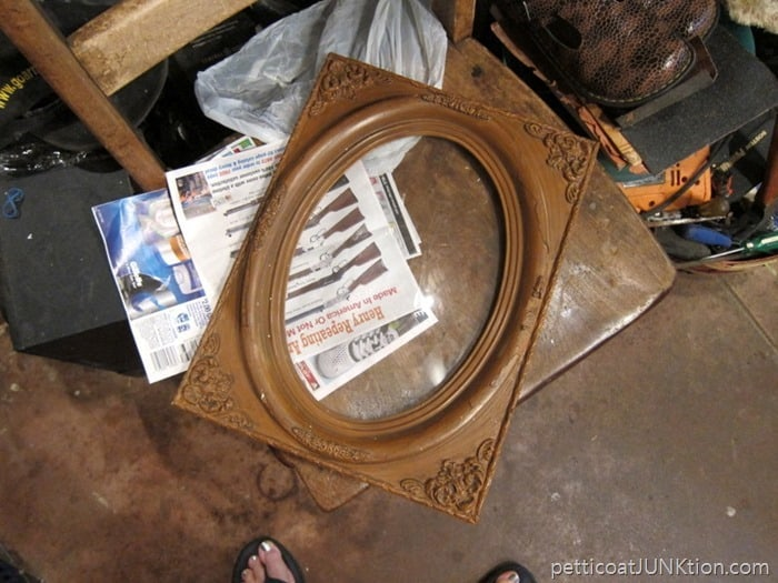 vintage frame with oval bubble glass Petticoat Junktion My New Junk Finds Need A Lot of Love