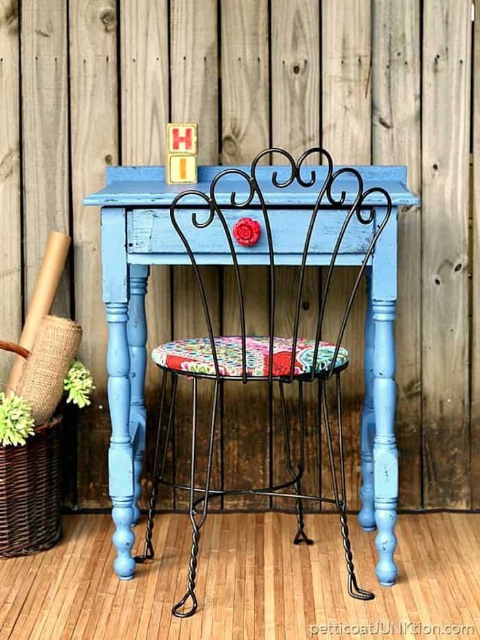How To Paint And Distress A Vintage Wood Table