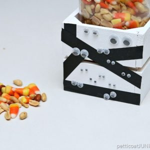 Mummies-The-Word-For-This-DIY-Crate-Project-Petticoat-Junktion-candy-corn-treat.jpg