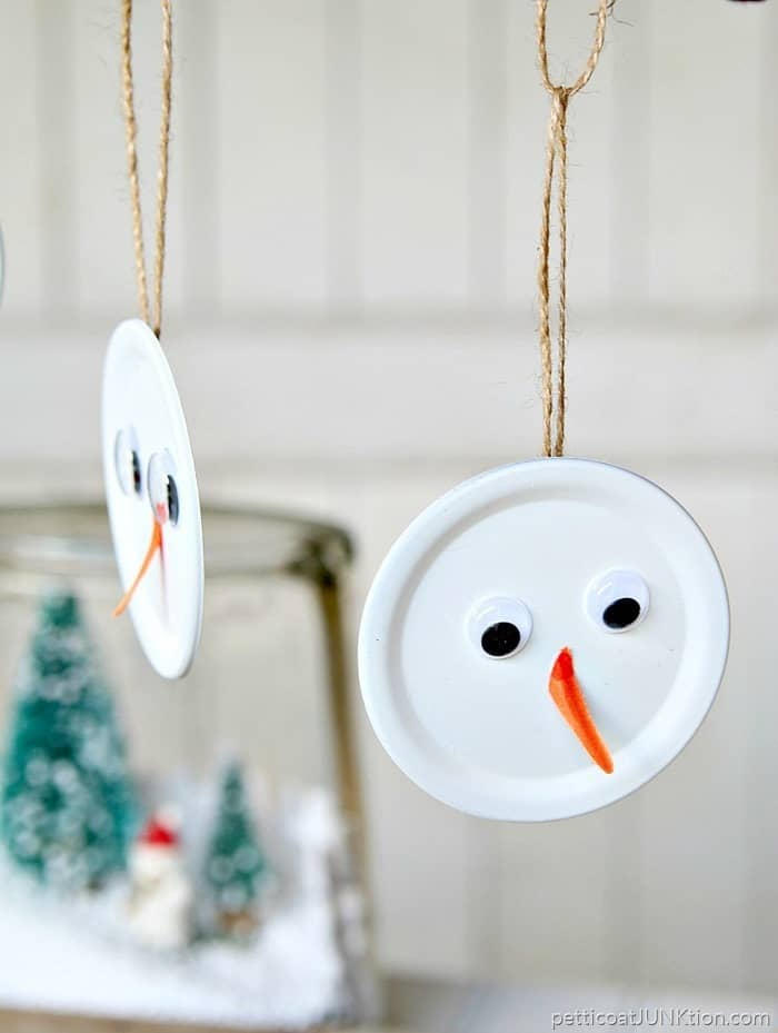 Snowman Handmade Christmas Ornament Is The Tops project by Petticoat Junktion
