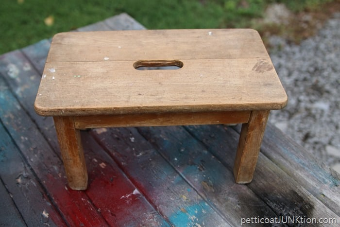 auction stool