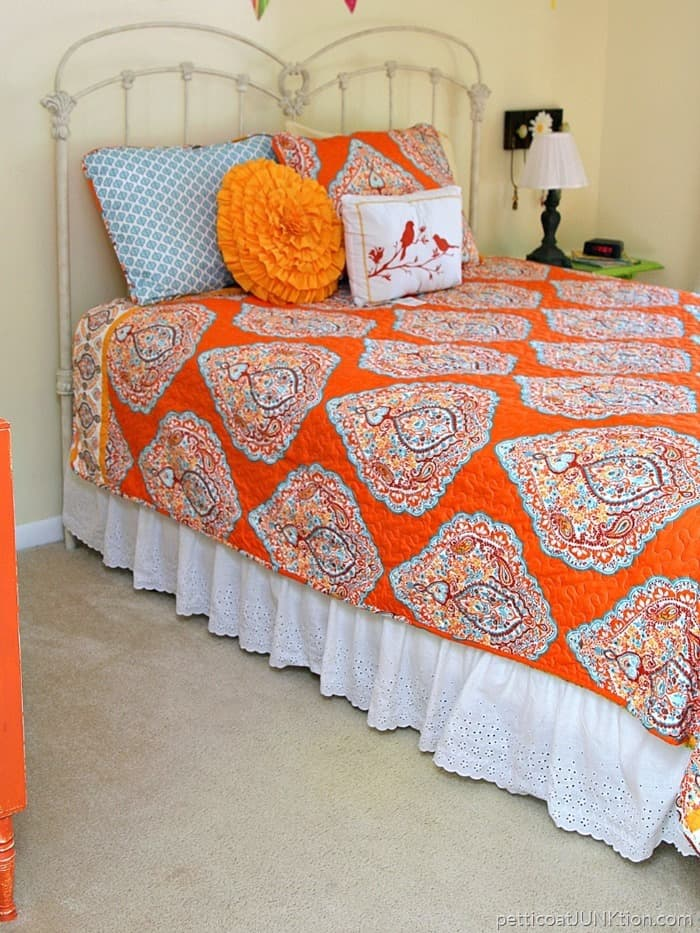 beautiful turquoise and orange paisley print bedding