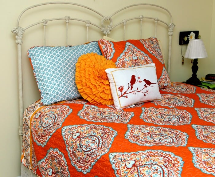 Orange And Turquoise Bedroom Decor Makes Me Smile