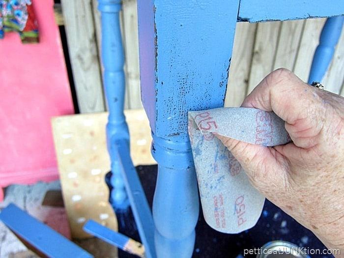 wet distressing paint usint 3M flexible sandpaper 1