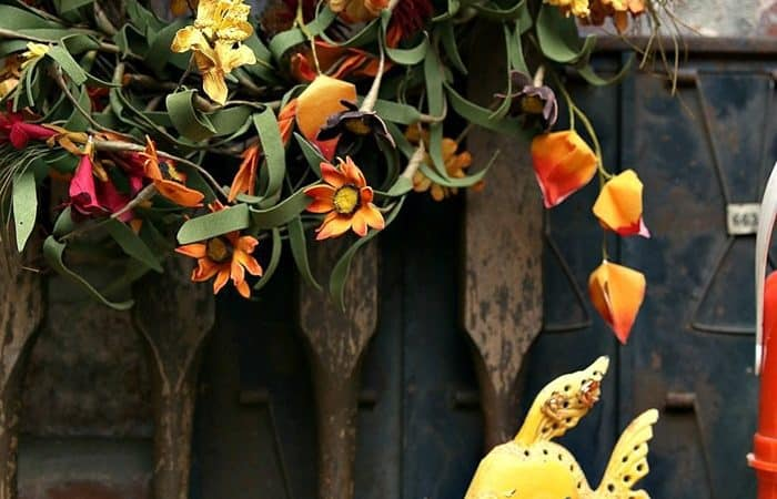 99-Cent-Thrift-Store-Wreath-Petticoat-Junktion-mantel-decorations_thumb.jpg