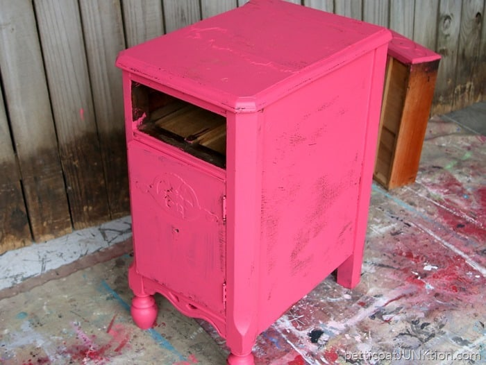 Behr Sample Oops paint for 50 cents pink coral color