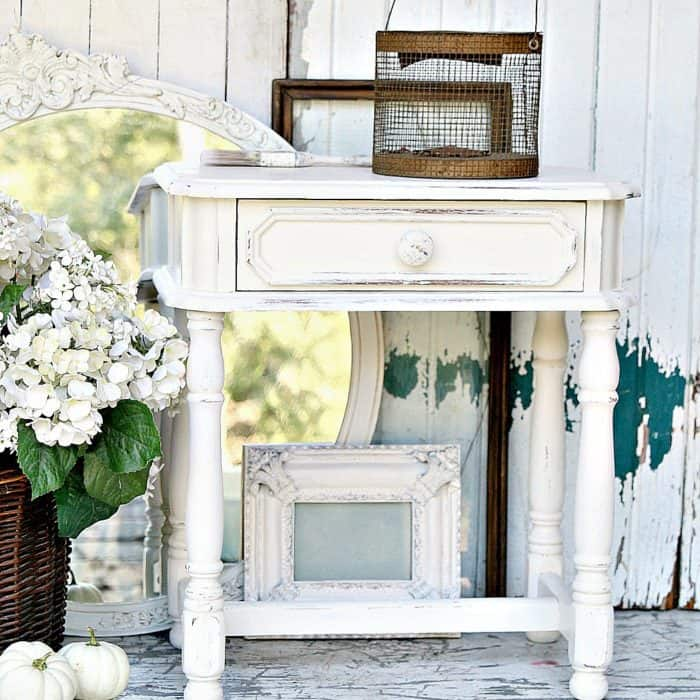 have-a-super-spray-paint-and-distressing-party-for-furniture-and-home-decor-accessories