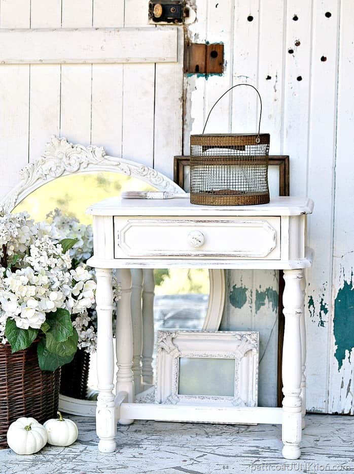 Petticoat Junktion How To Distress White Paint On Home Decor Accessories