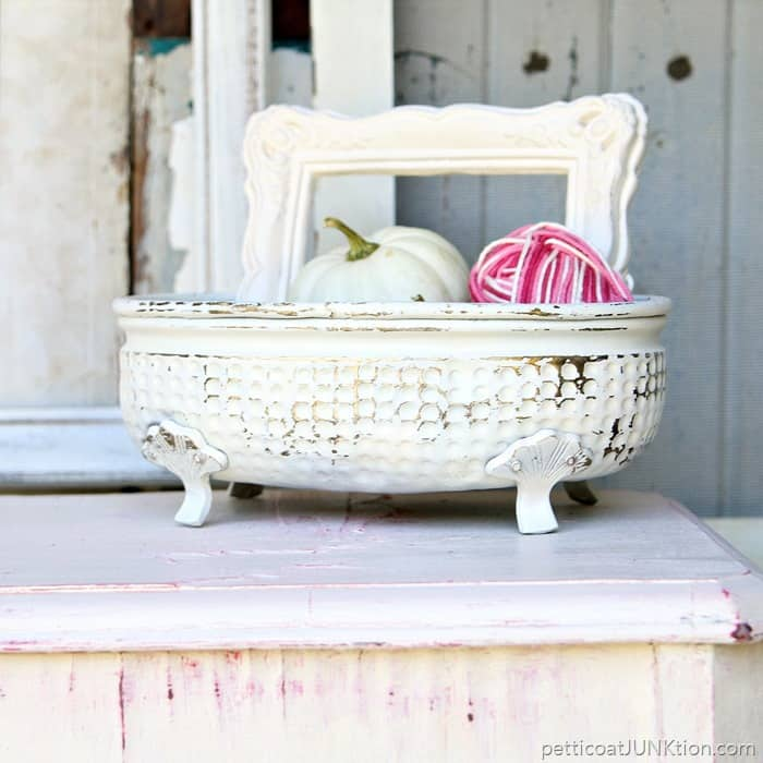 White Summer Home Decorating Projects