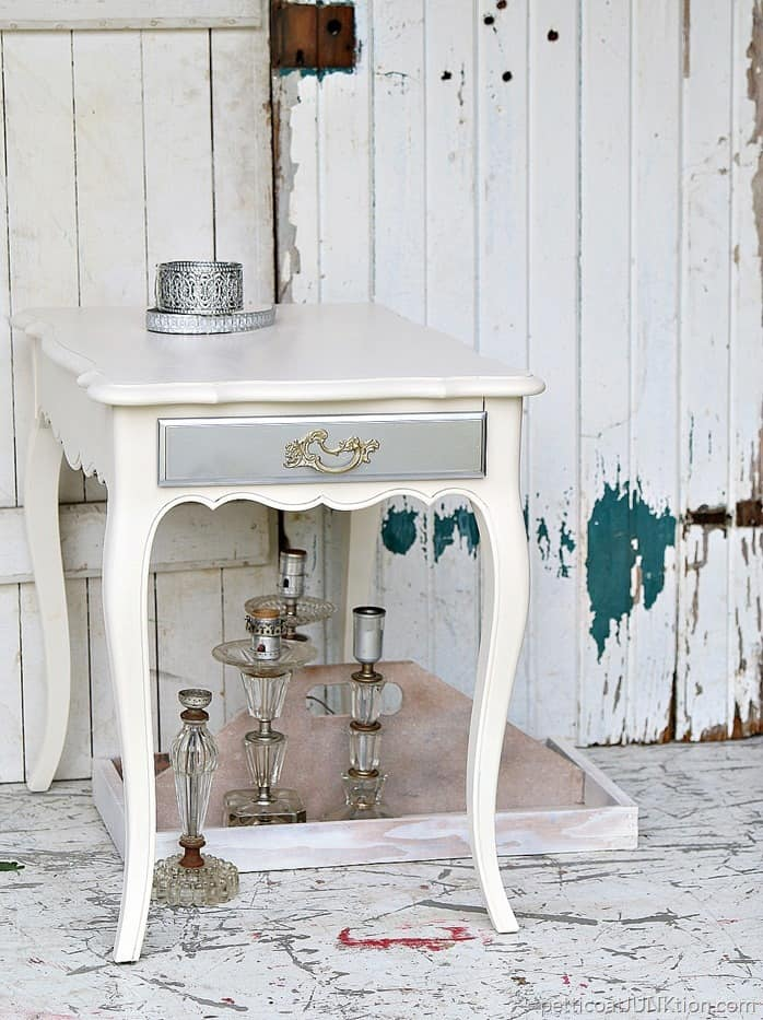 Unleash The Power Of Metallic Spray Paints Petticoat Junktion furniture project (2)