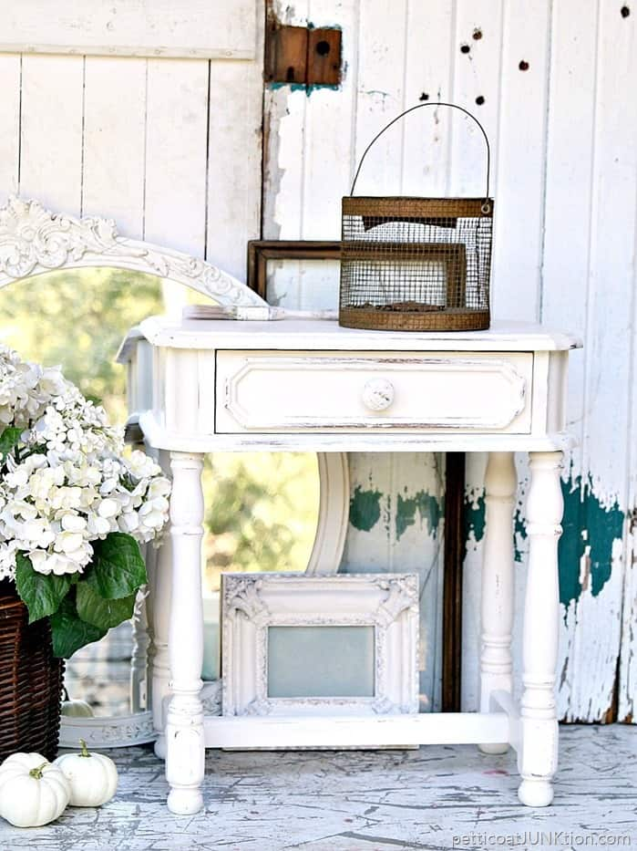 White Spray Paint And Distressing Party For Furniture and Home Decor accessories 1