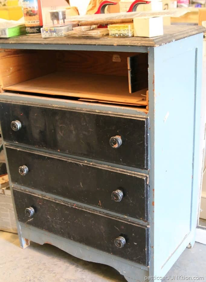 five dollar auction chest