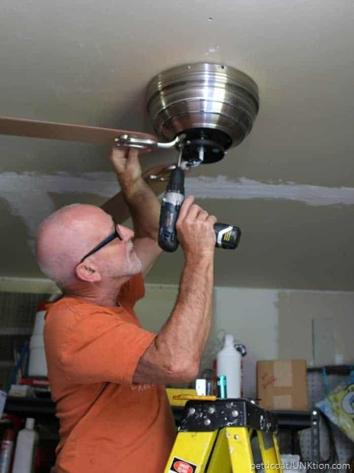 installing-a-ceiling-fan_thumb.jpg