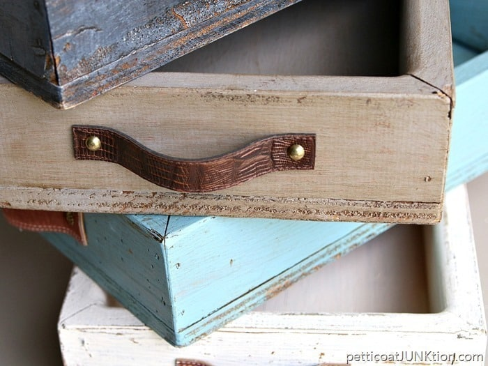 Antiquing paint Petticoat junktion how to use waxes and toners