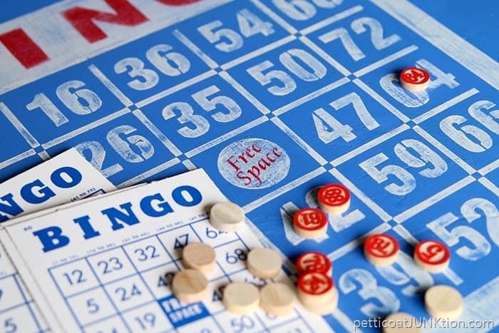 Bingo game table