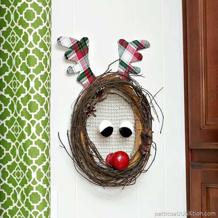 Rudolph Christmas Wreath Glittery DIY