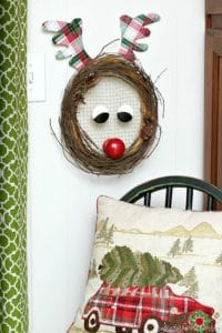 Rudolph-The-Red-Nosed-Reindeer-Christmas-Wreath_thumb.jpg