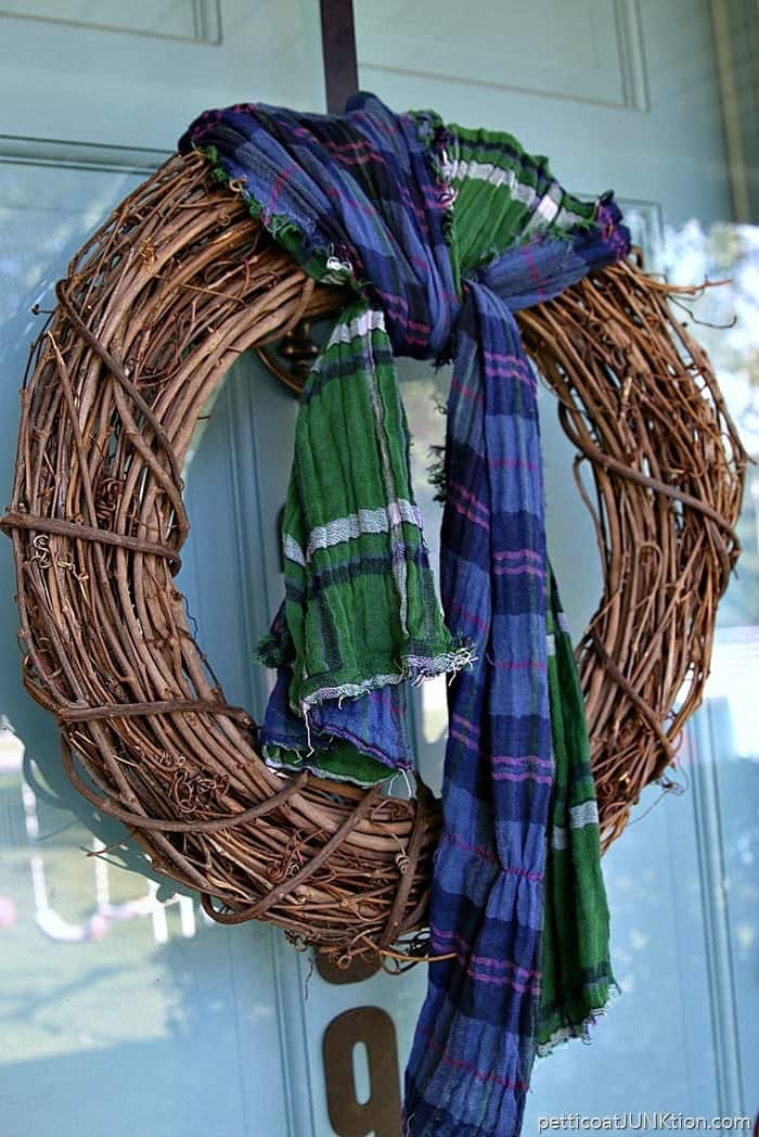 5-Minute-Scarf-Wreath-Rates-A-10-Petticoat-Junktion-Thrift-Store-Decor-Project_thumb