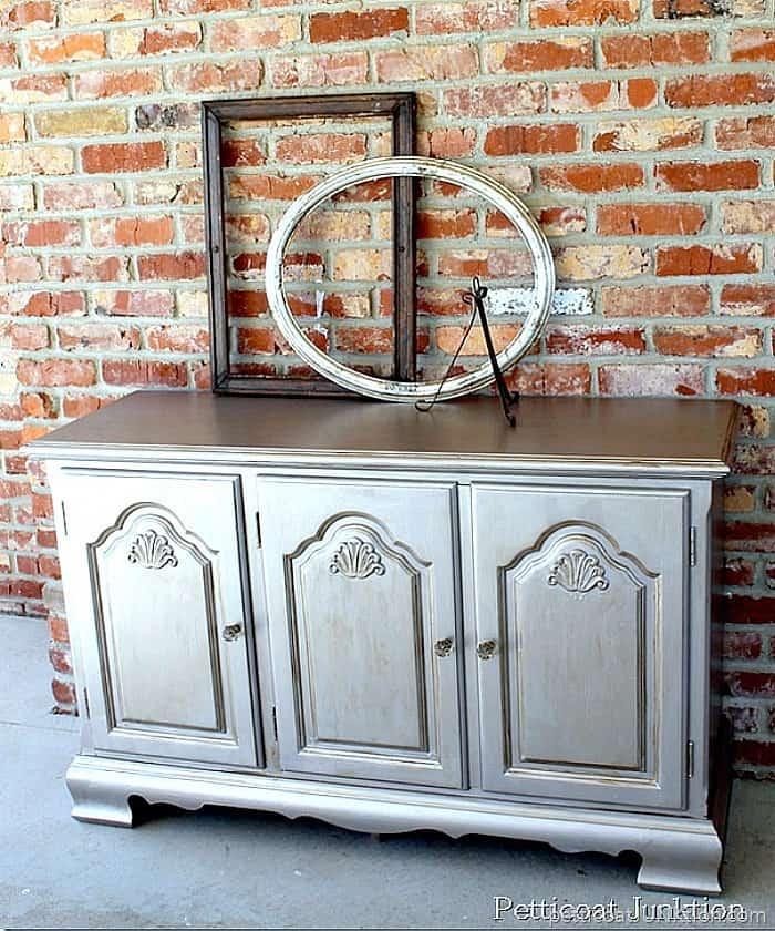 Martha Stewart Metallic Paint for furniture in silver Metallic paint options