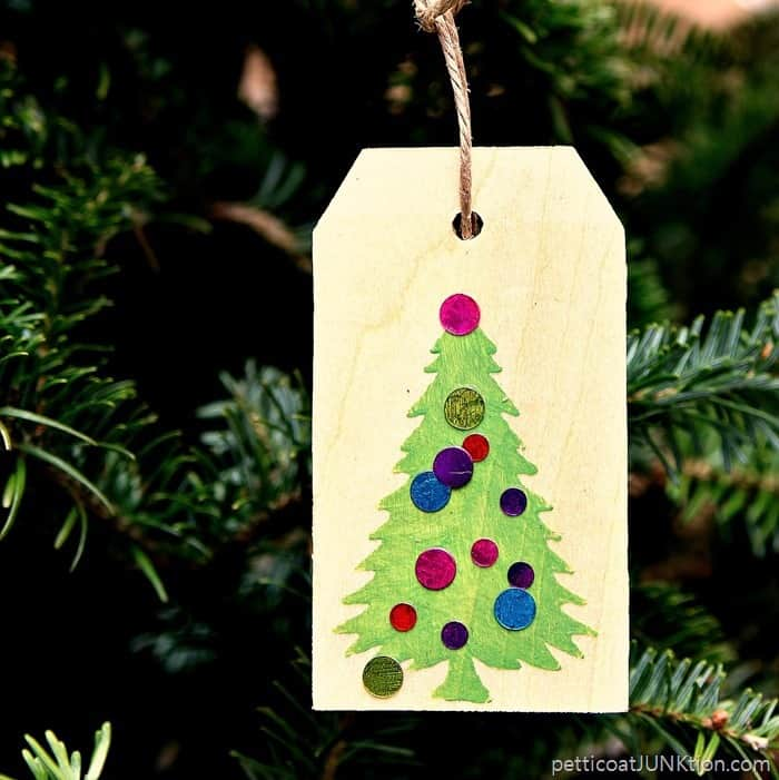 gift tag doubles as ornament 1
