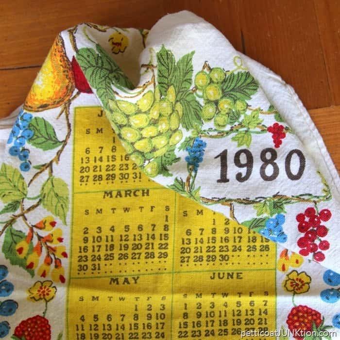 vintage-fabric-calendar_thumb