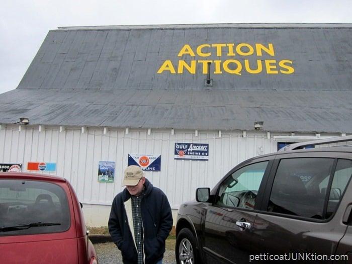 Action Antiques Sevierville