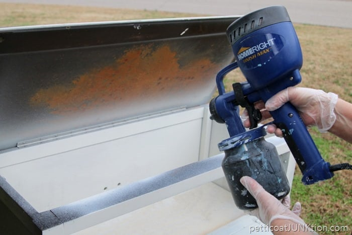 HomeRight Finish Max for spray painting furniture