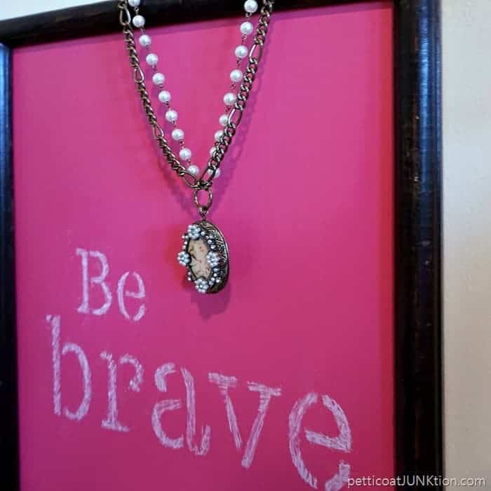 Make A Pink Chalkboard for your favorite girl Thrifty DIY from Petticoat Junktion