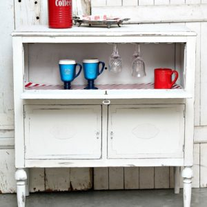 Beverage Cabinet Project : How To Upcycle Used Furniture