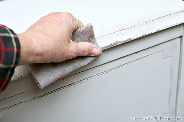 distressing paint with 3m flexible sandpaper