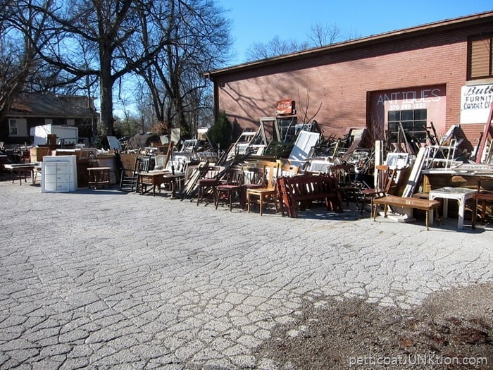 my favorite junk shop and buying a vintage twin bed