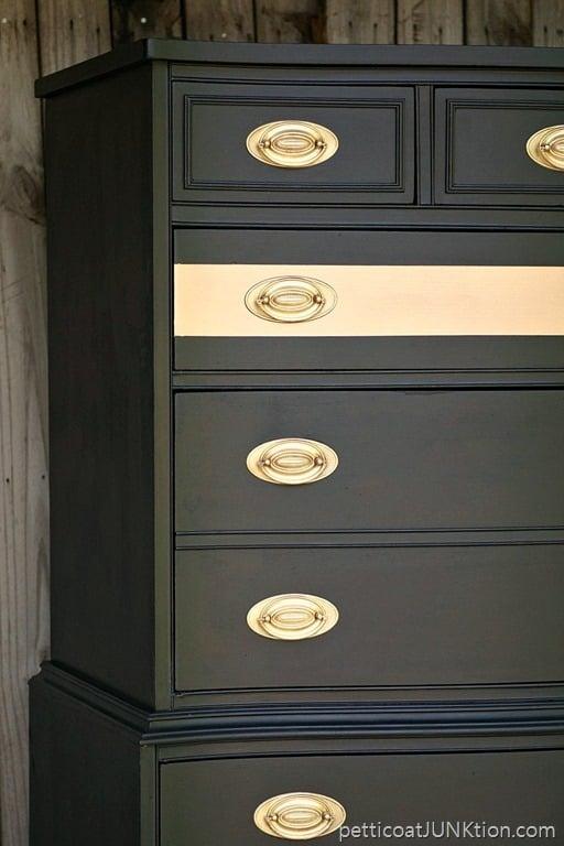 Metallic Painted Woodwork : Metallic gold stripe adds drama to bedroom furniture
