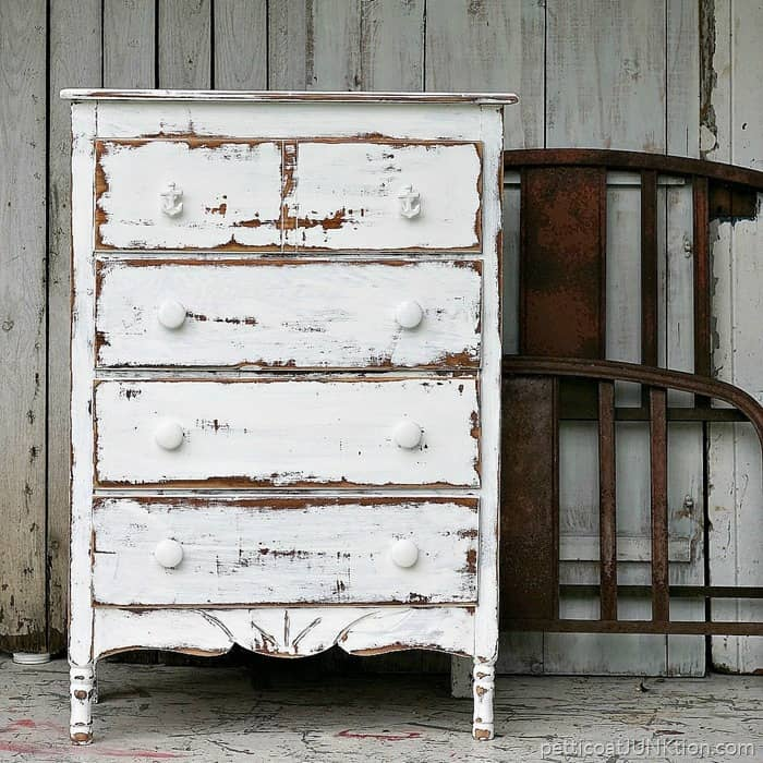 Dare to distress shabby chic coastal furniture project petticoat junktion - Shabby shic furniture ...