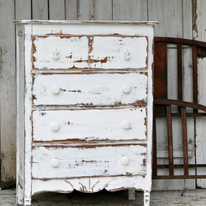 Dare To Distress | Shabby Chic Coastal Furniture Project