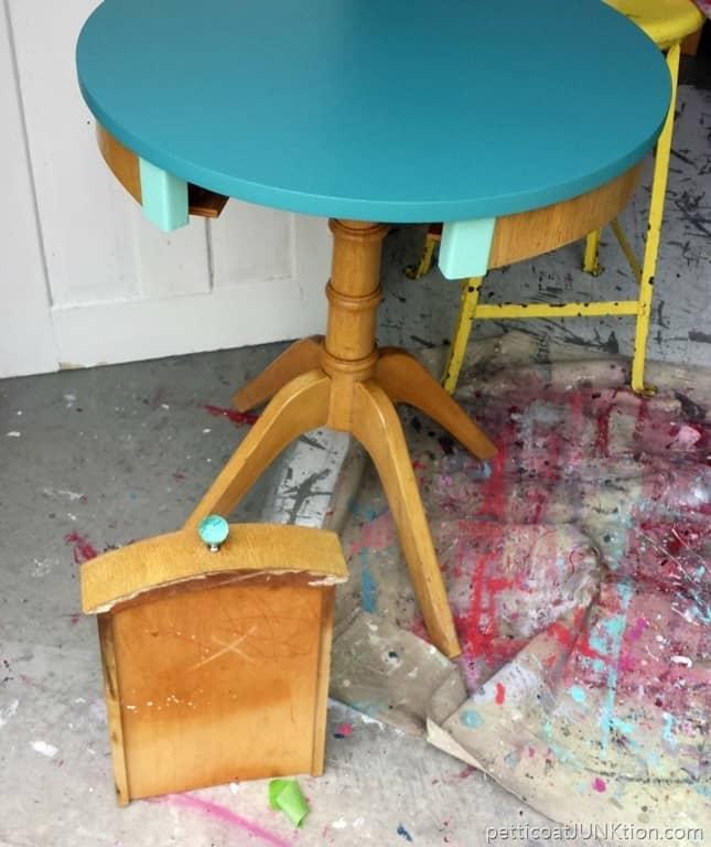 Vintage Blonde Table Makeover