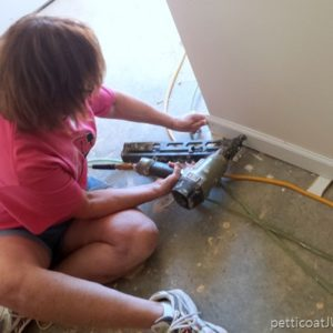 Kathy-Owen-Petticoat-Junktion-working-with-Habitat-For-Humanity-Women-Build-Nashville-2017.jpg