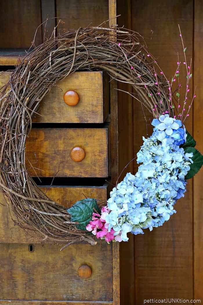 hydrangea grapevine wreath 3