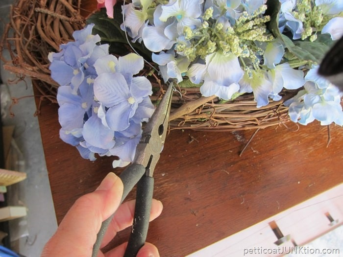 wire flowers to the grapevine wreath