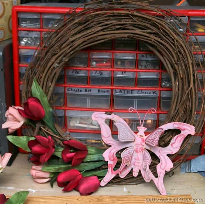 first look at happy dance grapevine wreath
