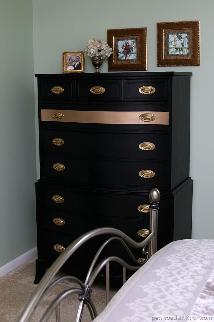 gold stripe chest of drawers