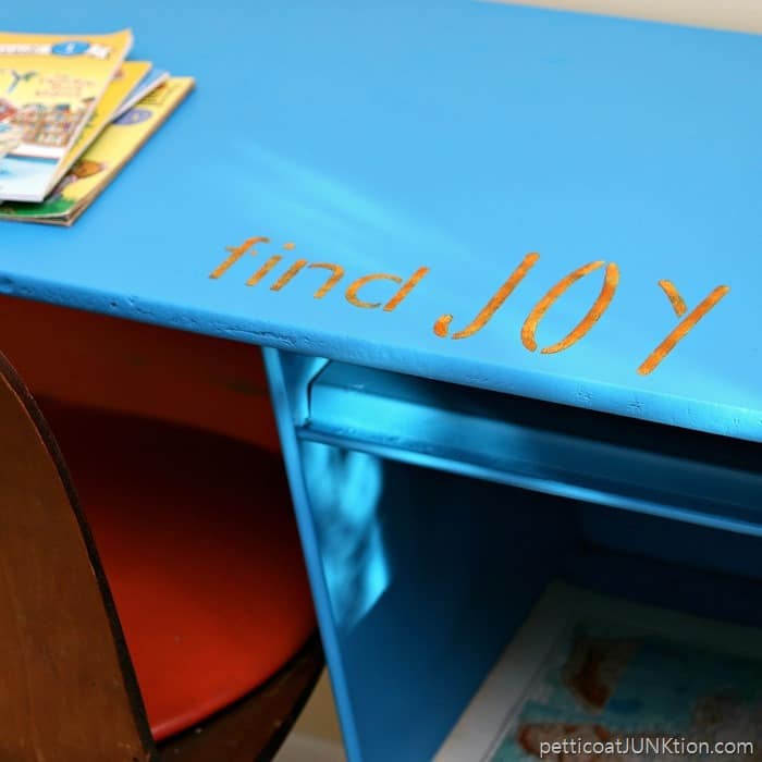 spray paint a metal desk