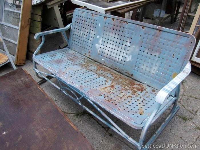 vintage glidder found at junk shop is all rusty and needs paint